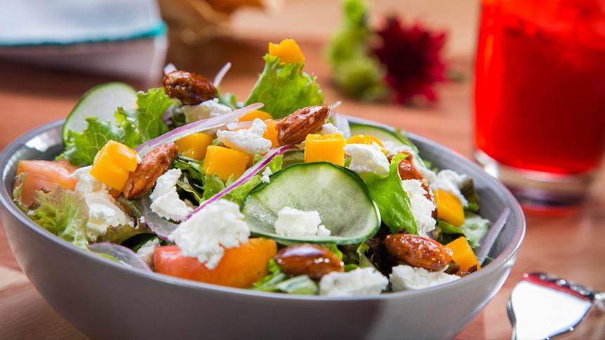 Chapulín's Textured Salad