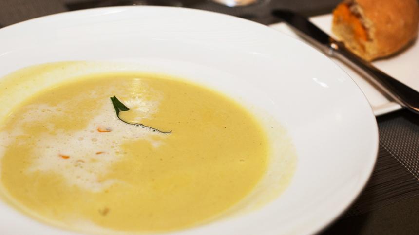 Sopa de Elote Asado