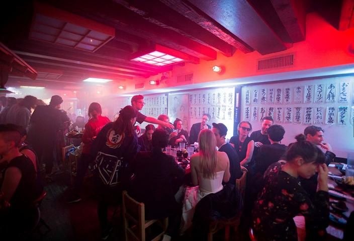 Casa Dragones en el festejo previo a la Gala del Met de Vogue