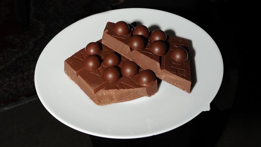 Tequila Pairing - Valrhona Dark Chocolate