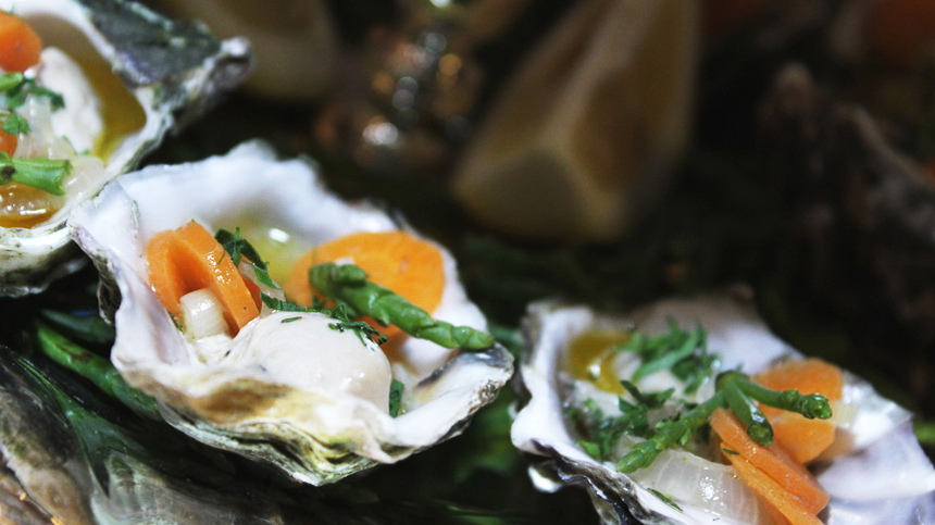 How to Serve - Kumiai Oysters