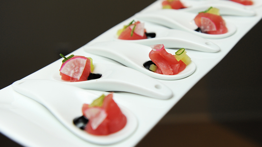 Raw Tuna with Soy Sauce