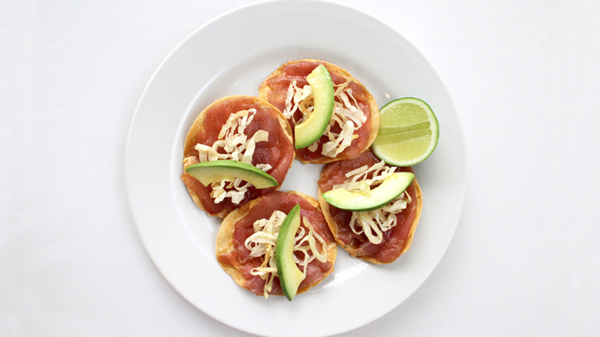 Tuna tostadas paired with tequila drink