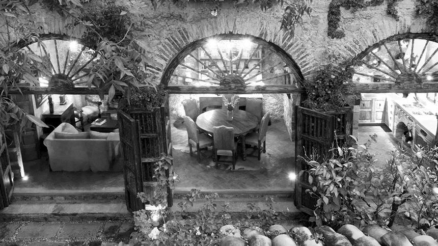 La Casa Dragones courtyard Casa Dragones Tequila