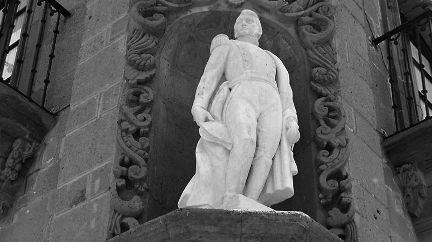 San Miguel Allende statue