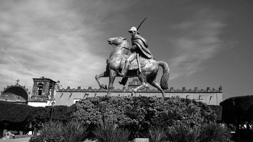 San Miguel de Allende statue on horse