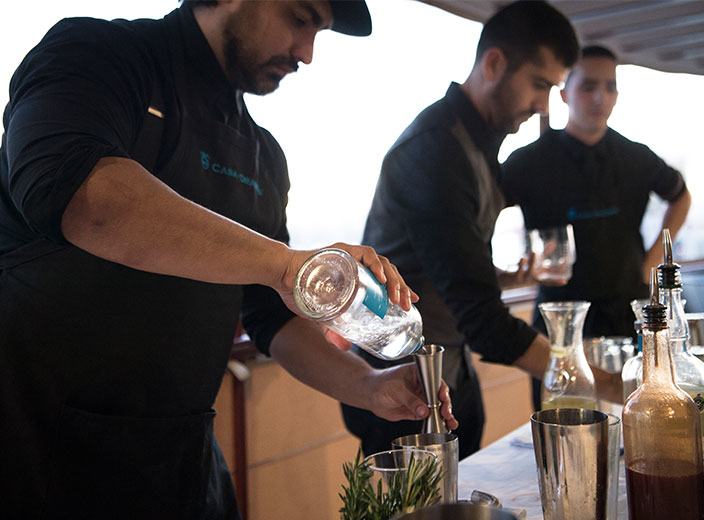 Fall-Inspired Cocktails By Three Top Mixologists Aboard The Freedom Yacht
